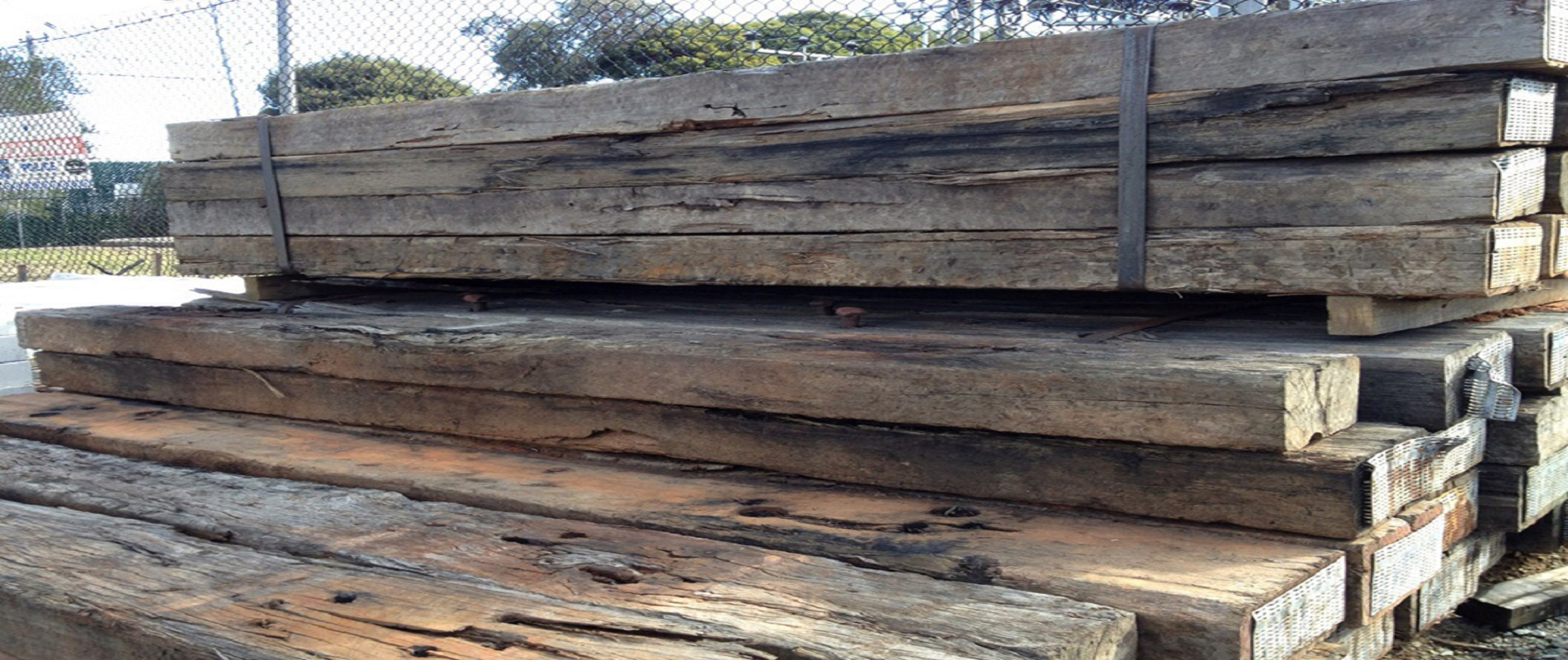 used-railway-sleepers-1